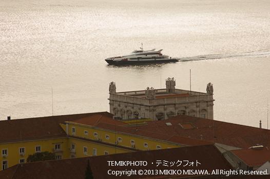 フェリーボート(ポルトガル・リスボン)  1524
