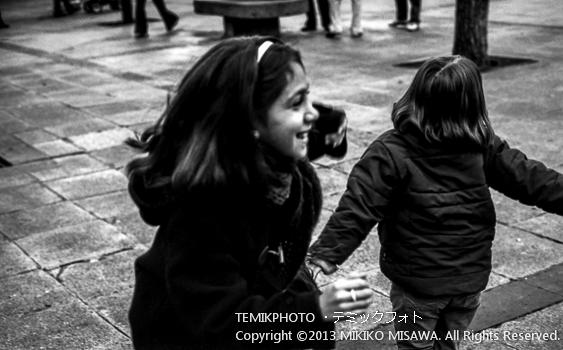 Blog-13-201 女の子 トレド (カスティージャ・ラ・マンチャ地方・トレド)  6868