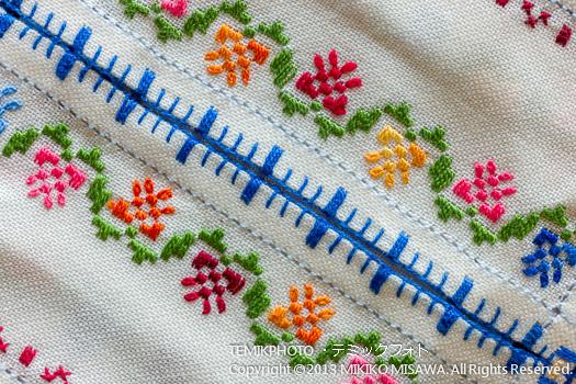 トレド県ラガルテーラ村の刺繍(紙ナプキン入れ・刺繍部分)  10181
