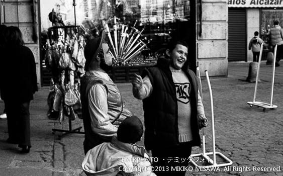 従者サンチョと少年  トレド (カスティージャ・ラ・マンチャ地方・トレド)  6722