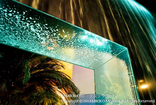 水のカーテン 11538