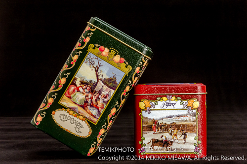 キャンディの缶(右:ゴヤ風闘牛) 13412