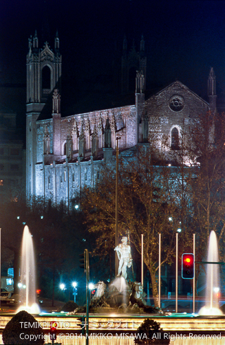 カノーバス・デ・カスティージョ広場(夜景)  17197
