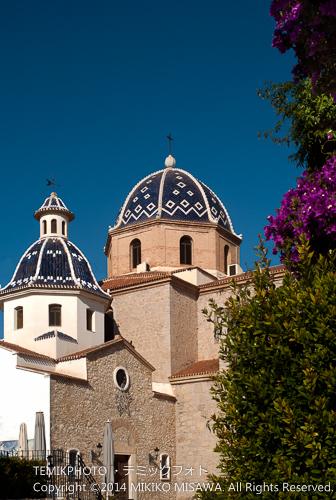 ヌエストラ・セニョーラ・デル・コンスエロ教会: 華麗で美しいドーム(丸屋根)は「地中海のドーム」と呼ばれている。(アルテア)