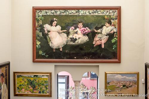 ソロージャの子供達の絵 (階段の踊り場)  15336