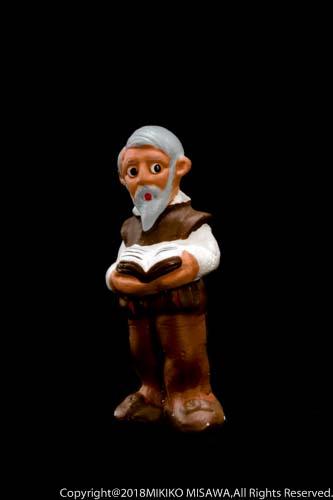 セルバンテスの泥人形:セルバンテスは16世紀~17世紀にかけてのスペインを代表する作家。作品には小説「ドン・キホーテ・で・ラ・マンチャ」がある。  13315