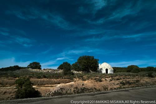 ボンボ(ラ・マンチャ地方):主に羊飼いの宿泊所として使用される。  101
