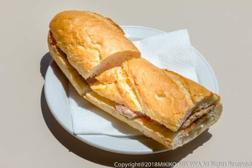 スペイン風サンドウイッチ「ボカディージョ」  23937