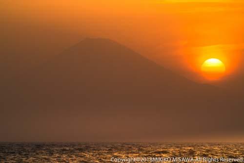 夕日と富士:三浦半島南端・城ヶ島より  28874